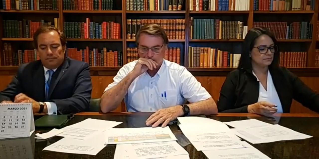 Bolsonaro confirma viagem à Argentina no final do mês