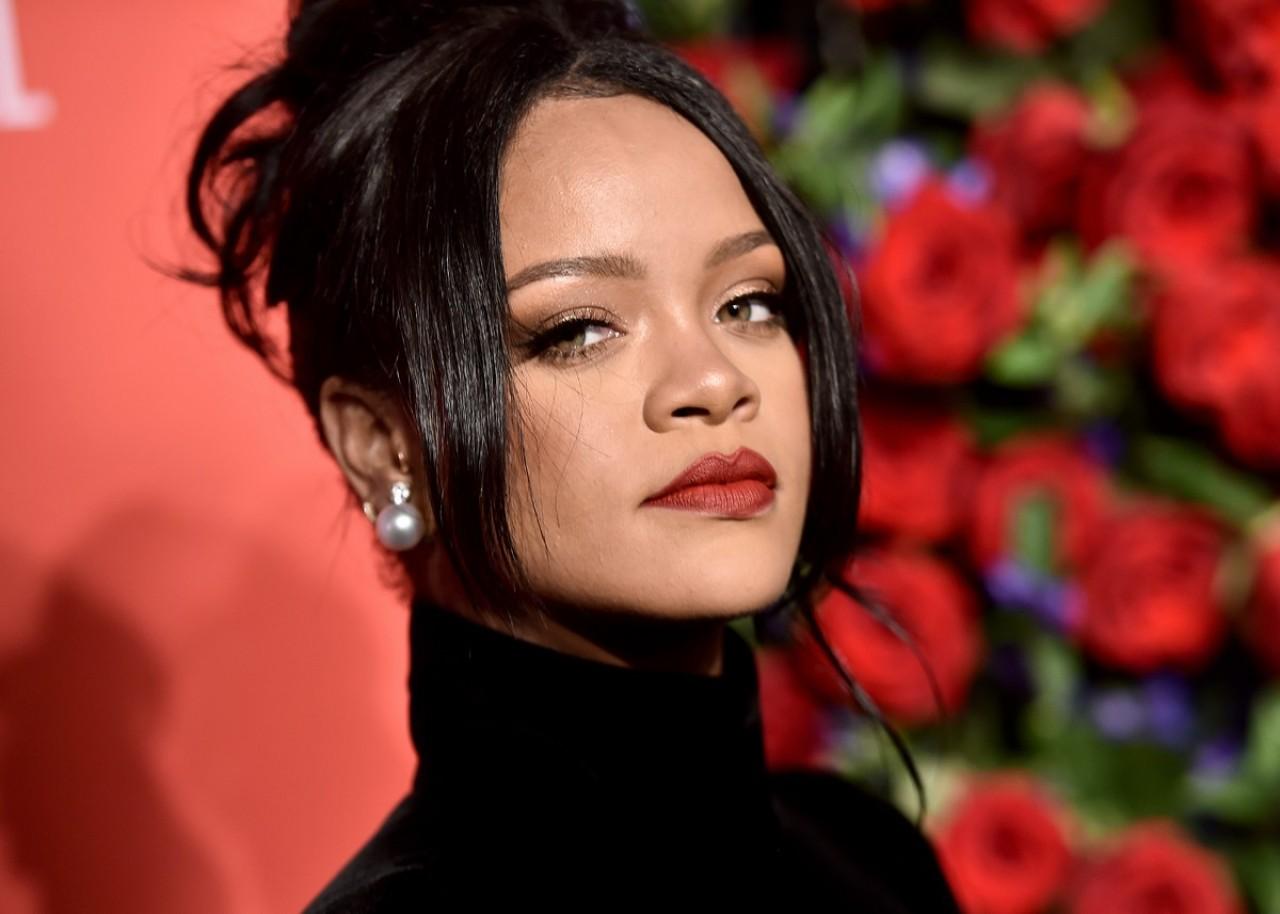 Rihanna é oficialmente uma bilionária, diz Forbes