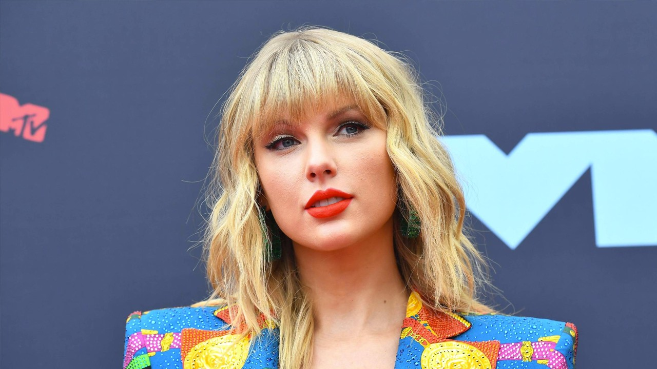 'folklore' de Taylor Swift é o álbum do ano para a Rolling Stone
