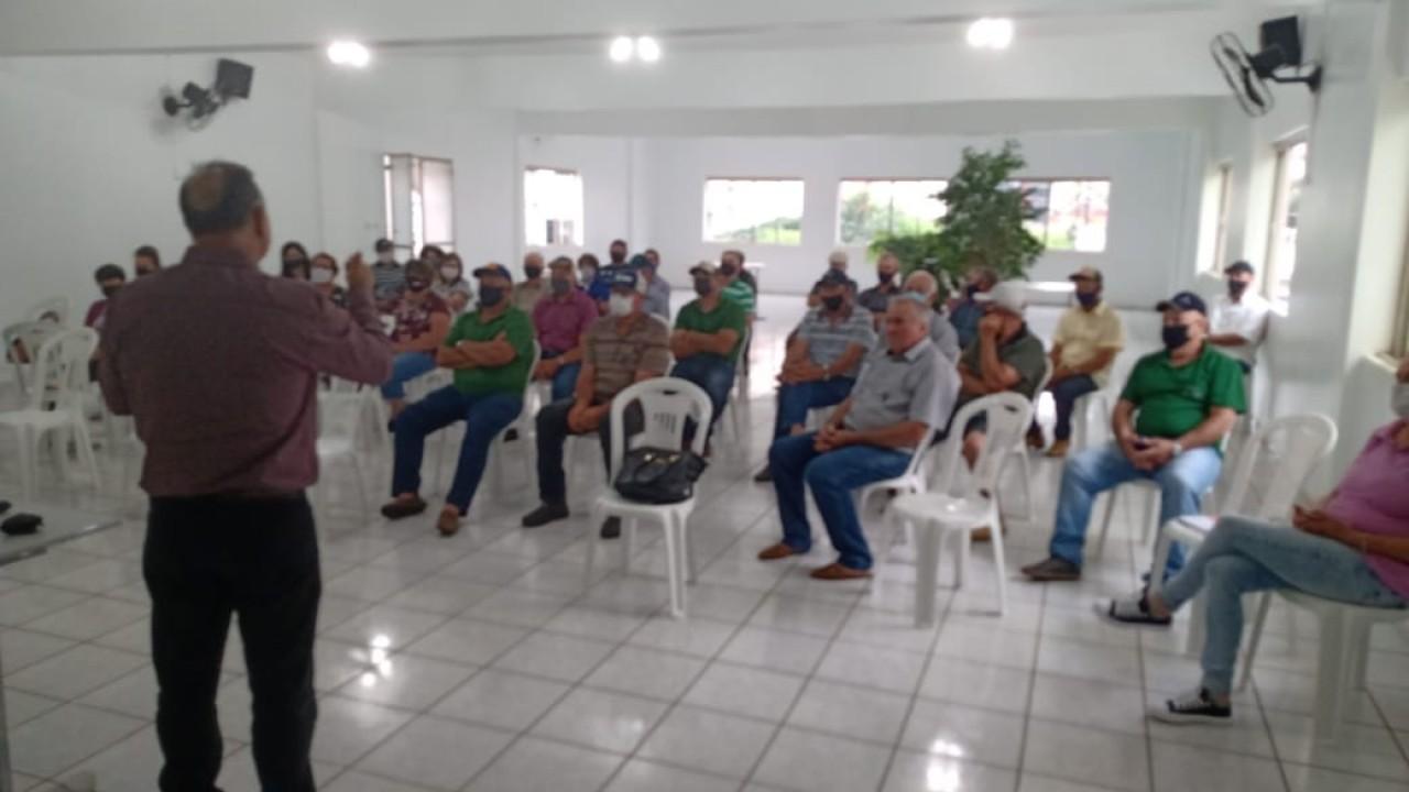 Sindicato dos Trabalhadores Rurais de Tapejara reúne lideranças