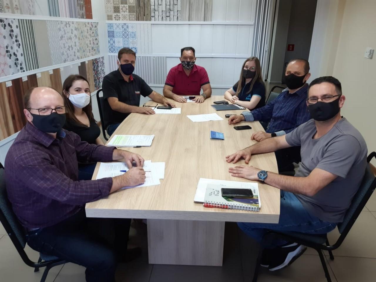 Acisat e Plasbil buscam viabilizar pavimentação Tapejara a Charrua