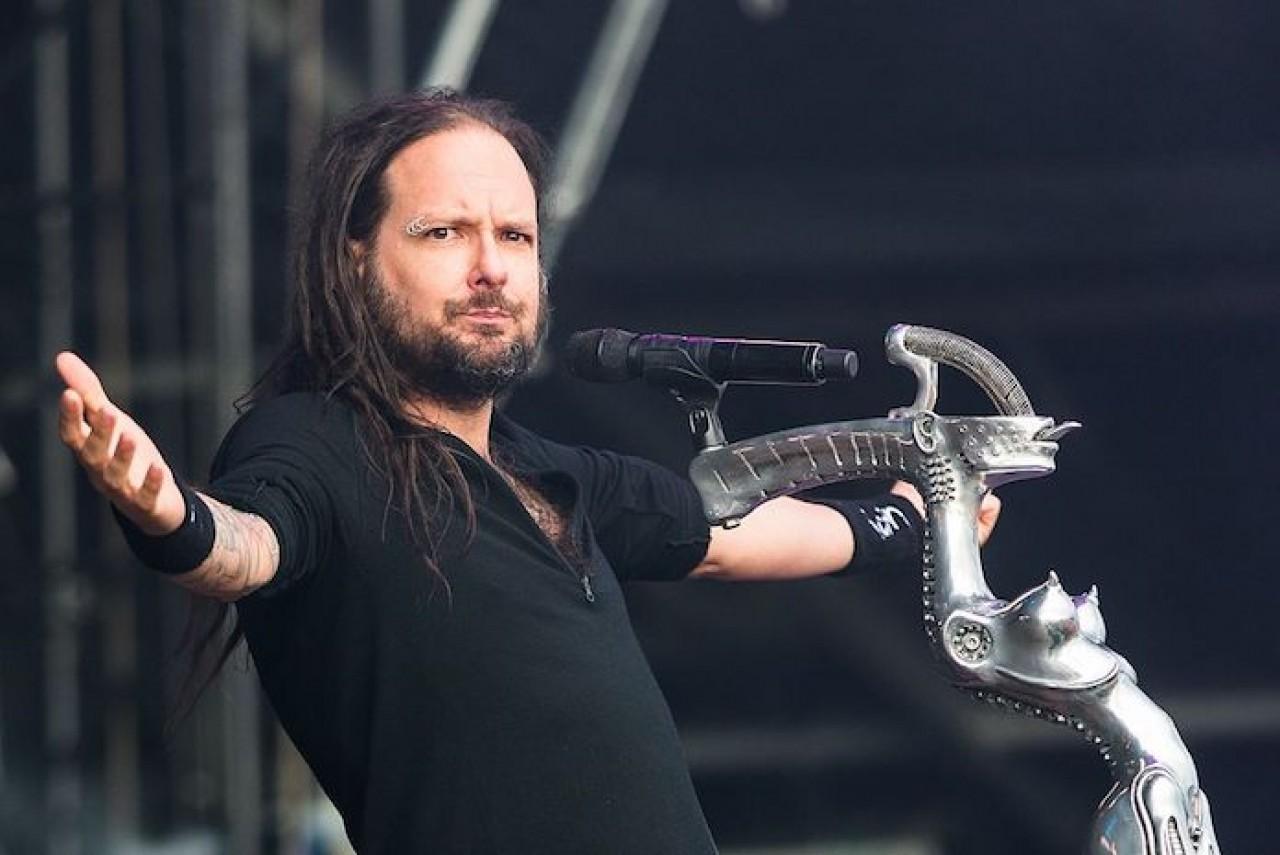 Jonathan Davis avisa que KoRn terminou de compor novo disco